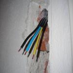 Odizolovaný kabel