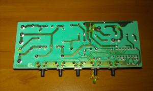 Elektronika u digestoře Ariston (pohled ze spodu)