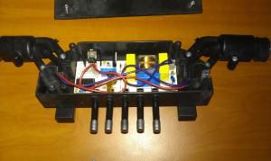 Uložení elektroniky u digestoře Ariston